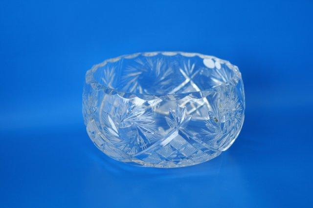 Кристални чаши, купи, гарафи, кани, вази (27)