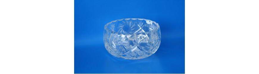Кристални чаши, купи, гарафи, кани, вази