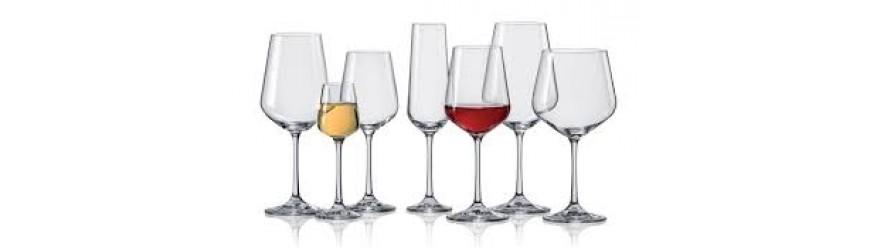 Чаши на столче