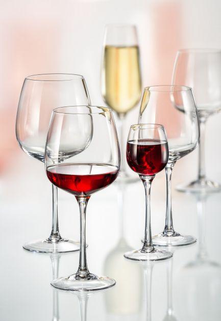 Чаши на столче (300)